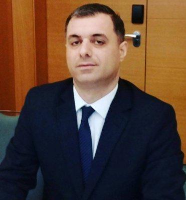 Image result for Azərbaycan Respublikası Gənclər və İdman Nazirliyi ilə UNİCEF-in birgə layihəsi olan Hüquqi Mərkəzin rəhbəri Əkbərov